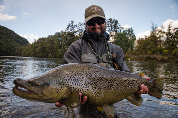 Top 10 flies for trout in patagonia orvis news for Fly fishing patagonia