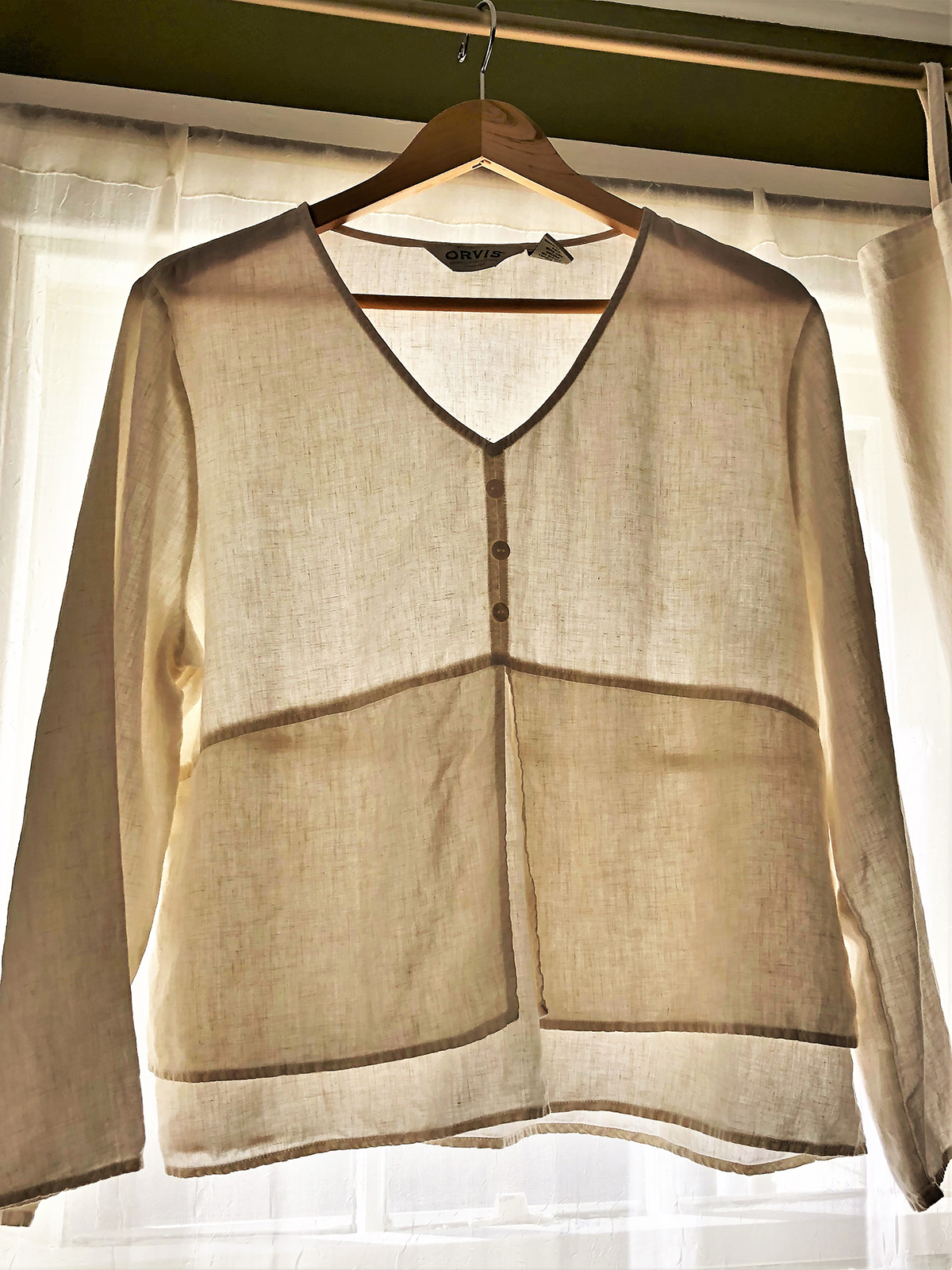 4fb95ac6fbf The Benefits of Wearing Linen  The Coolness Quotient