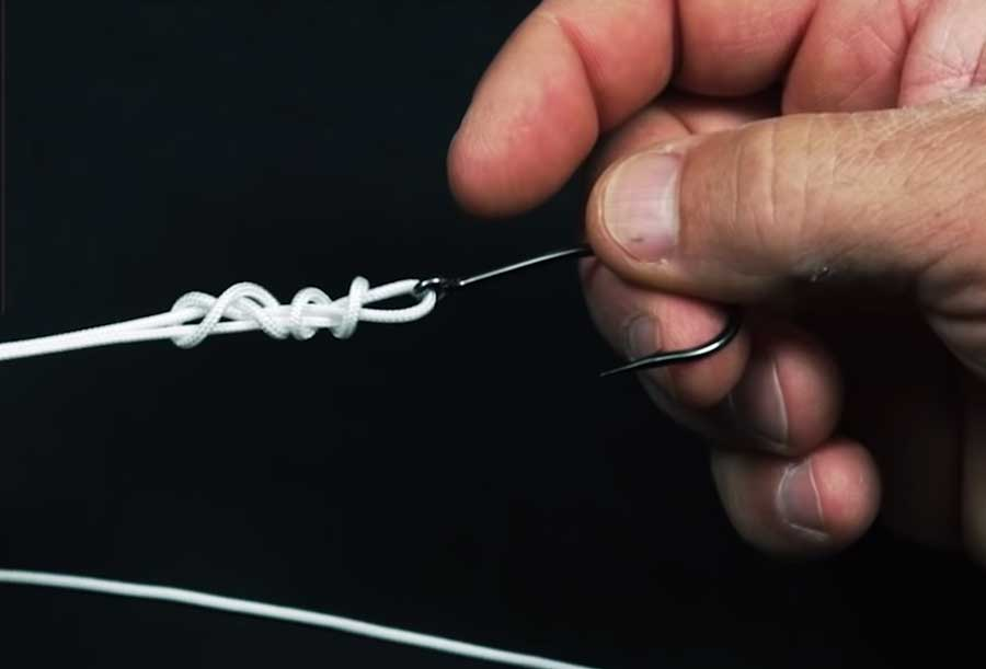 "Video: How to Tie the Steve Huff ""Double Figure 8"" Knot"