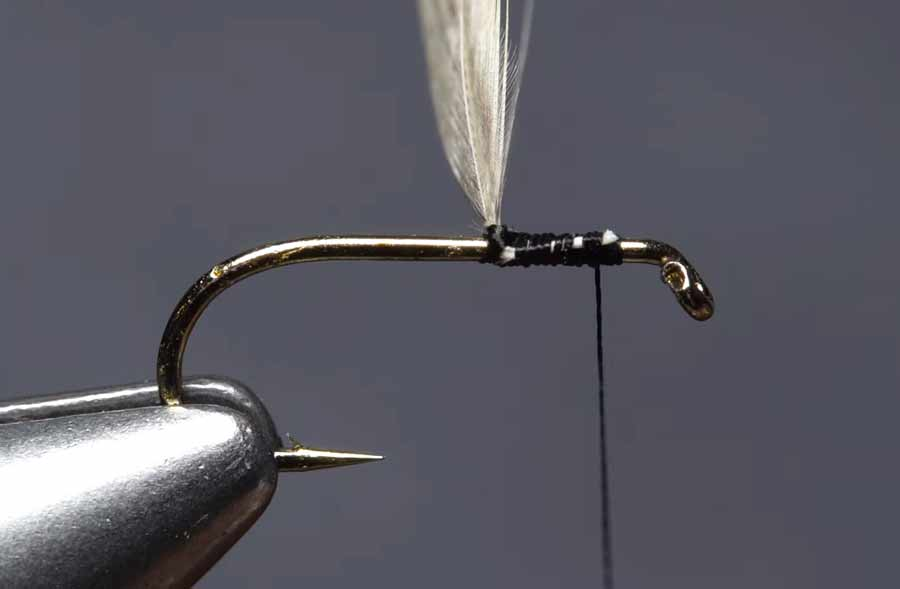 Video: 3 Ways to Tie-In Dry-Fly Hackle