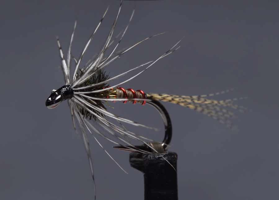 Video: How to Tie the Hatching Pupa