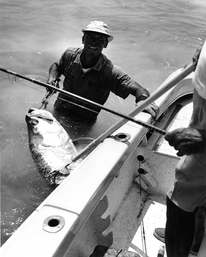 Book Excerpt: Lords of the Fly, the Hunt for the World-Record Tarpon