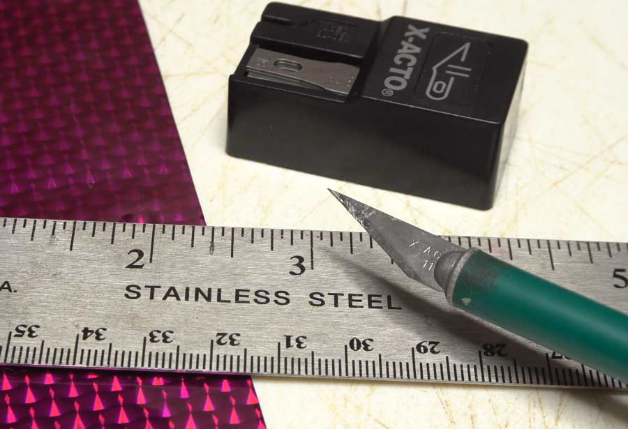 Video: How to Cut Thin Strips of Tying Materials
